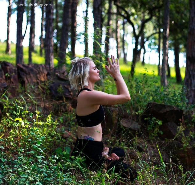 Elichia Truter - Root'd Yoga